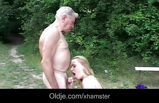 Mama ma dużo energii, wielu odważnych młodych ludzi. darmowe zdjęcia seksu